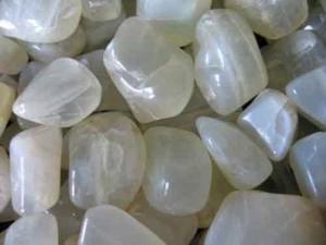 Натуральный лунный камень