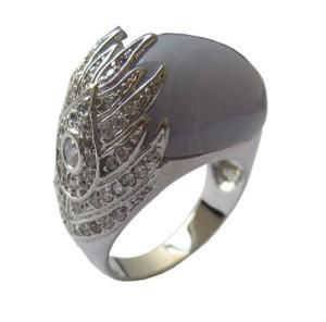 Перстень с серым агатом