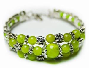 Браслет с зеленым ониксом