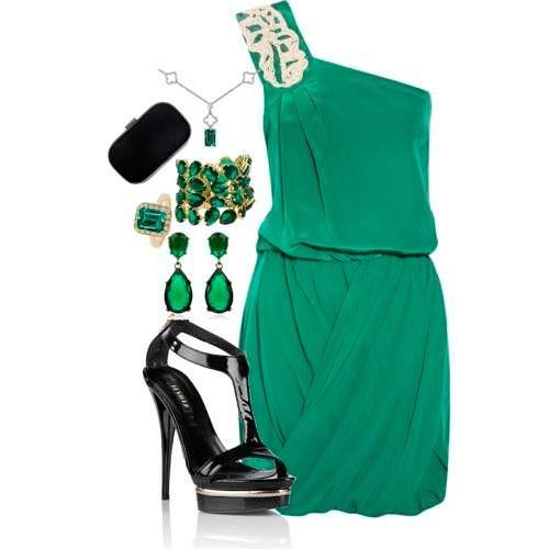 Использование украшений для зеленого платья