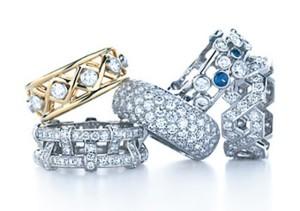 Бриллианты в кольцах