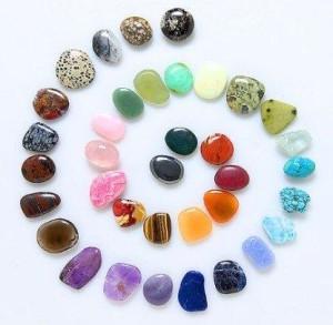 Кристаллы разного цвета